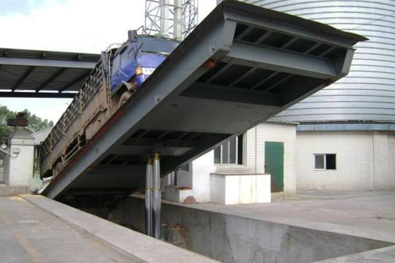 液压卸车翻板