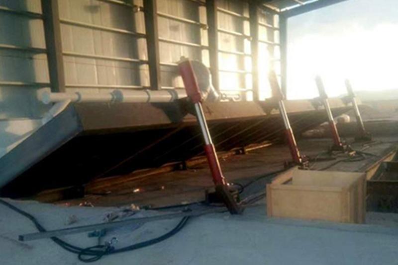集装箱液压翻板